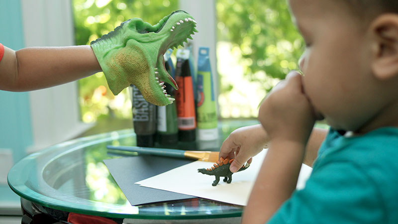 Roar goes the dinosaur painting project idea for kids