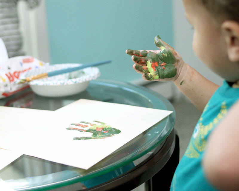 Memorable art projects - handprint crafts for toddlers